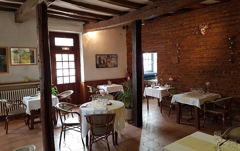 L'auberge de la POinte, restaurant à Saint-Sulpice dans Tarn